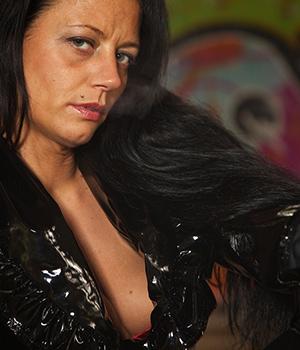 Femme de Nantes recherche une rencontre sans tabou pour du cul
